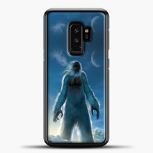 Load image into Gallery viewer, Lil Yeti Satanding On The Snow Samsung Galaxy S9 Plus Case, Black Plastic Case | casedilegna.com