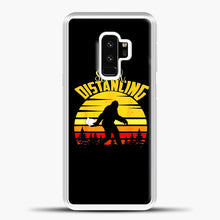 Load image into Gallery viewer, Sosial Distancing Bigfoot Samsung Galaxy S9 Case, White Plastic Case | casedilegna.com