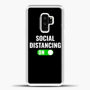 Sosial Distancing On Green Samsung Galaxy S9 Case, White Plastic Case | casedilegna.com