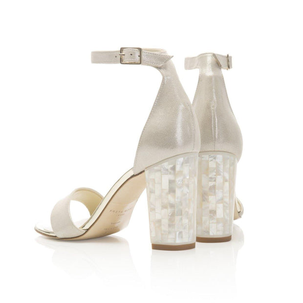 Champagne suede sandal with block Mother of Pearl heel