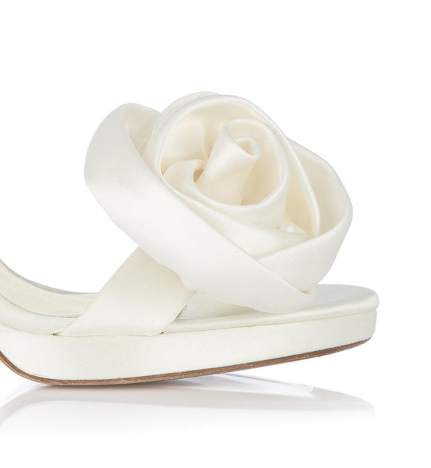 silk-rose-shoe-clip