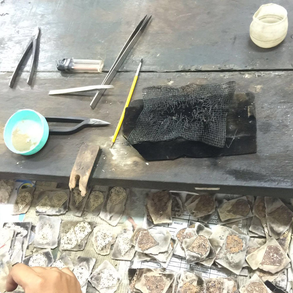 Image of Freya Rose workshop in Indonesia where her jewellery is ethically sourced