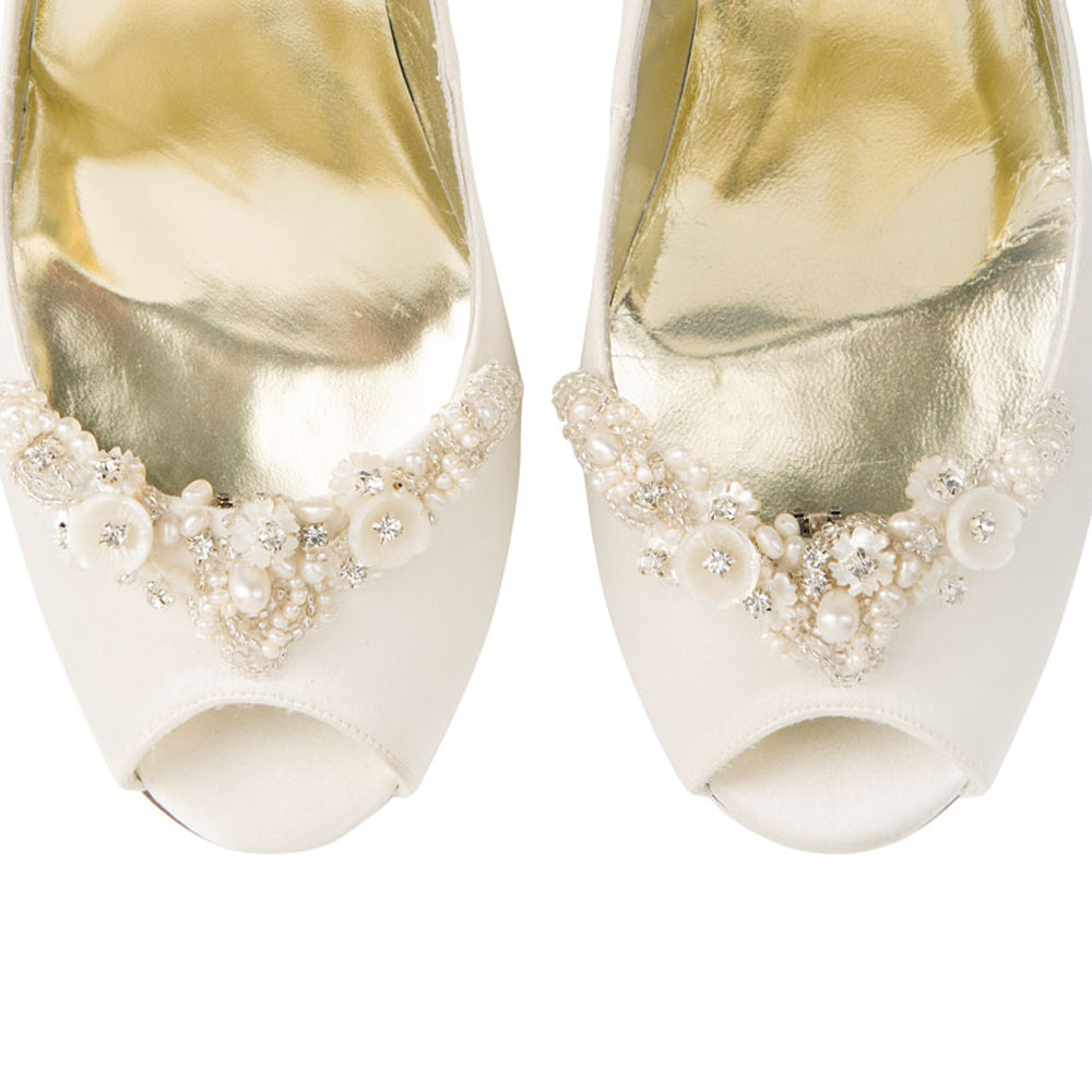 Image of Freya Rose shoe clips style Gardinia for bridal shoes with floral embellishments and fresh water pearls