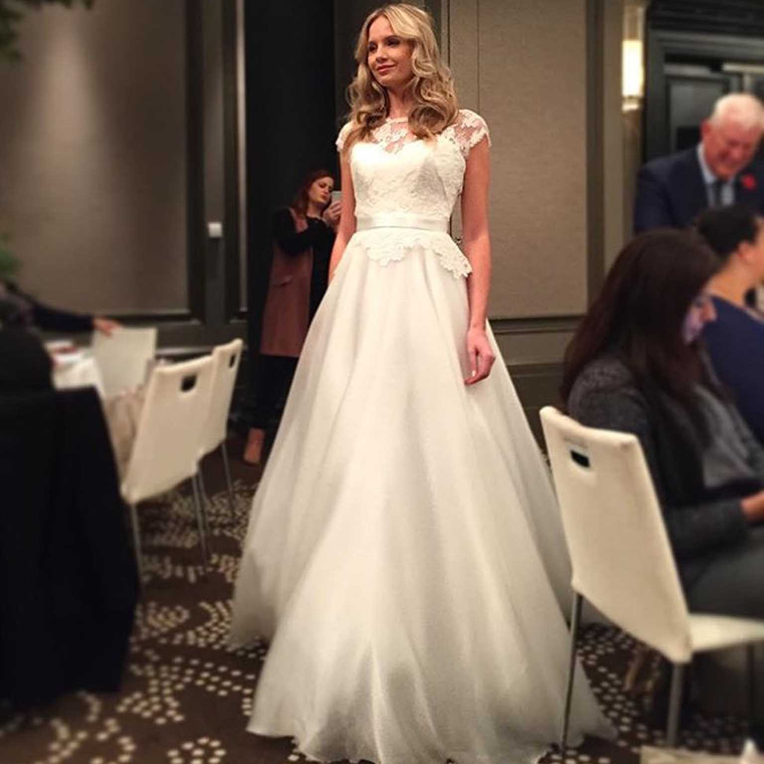 Image of Freya Rose bride at Suzanne Neville bridal evening with brides