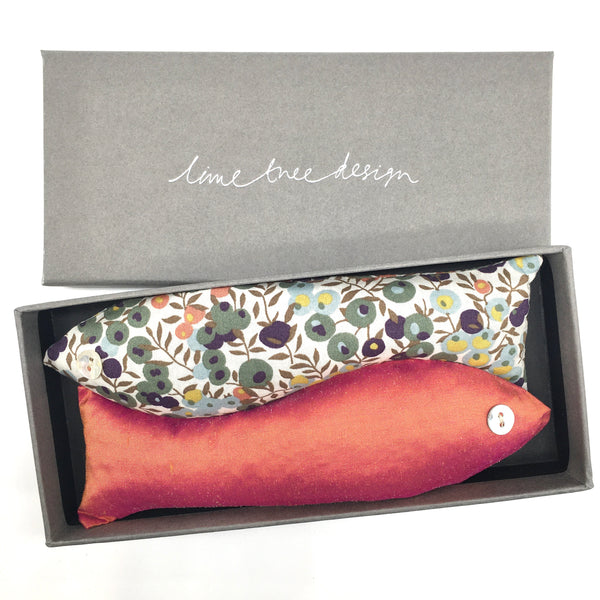Box of 2 Lavender Fish - Hedgerow