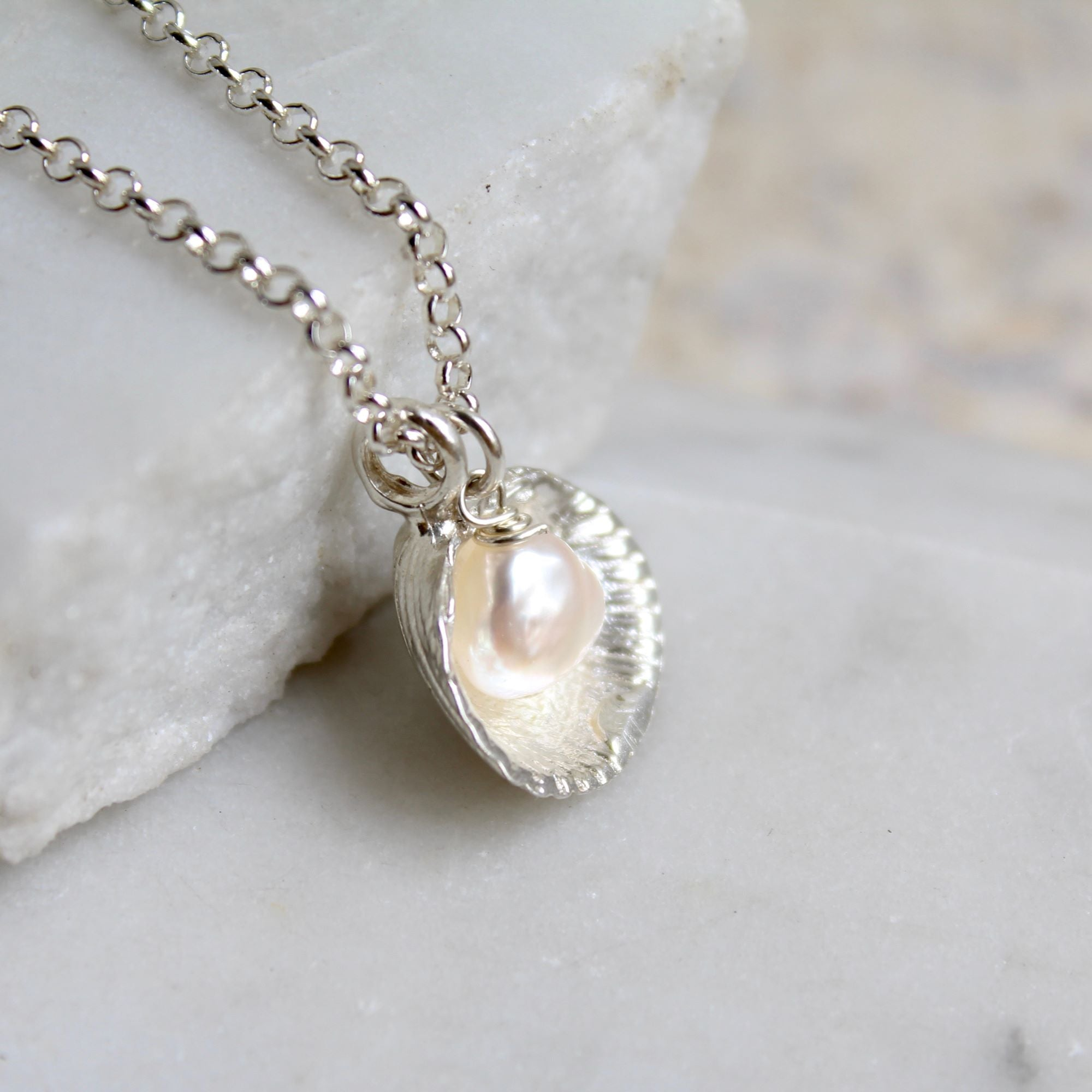 Venus Shell and Pearl Necklace Sterling Silver