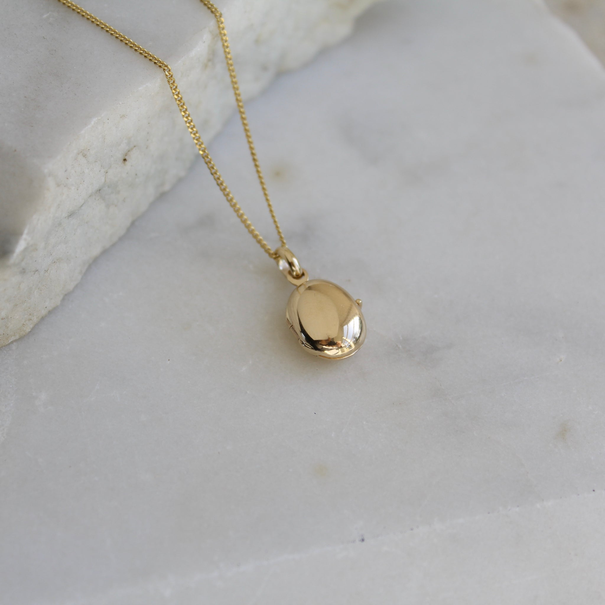 Pebble Locket Necklace 9ct Solid Gold