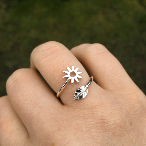 Adjustable Flower and Leaf Charm Ring Sterling Silver