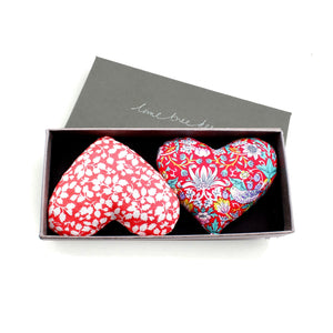 Box of 2 Lavender Hearts - Yours Truly
