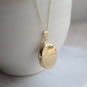 Oval Locket Necklace 9ct Solid Gold