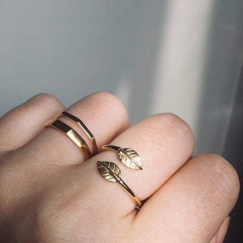 Adjustable Double Leaf Charm Ring Gold Vermeil