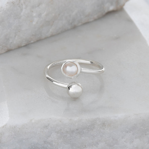 Adjustable Birthstone Ring June: Sterling Silver and Pearl
