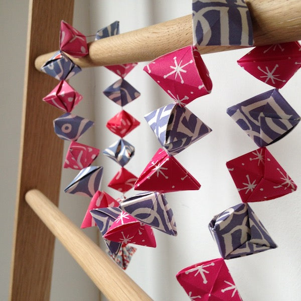 Origami Garland of Bobbles Kit