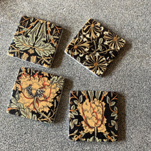 Load image into Gallery viewer, Set of 4 Vintage Style Floral Coasters Coasters Henderson's