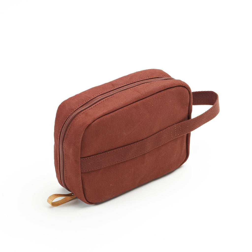QWSTION Toiletry Kit Organic Redwood - Red Army Watches Malaysia