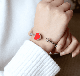 Women Fashion Elegant Heart Bracelets