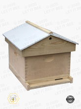 "Load image into Gallery viewer, Complete 10 Frame 9 5/8"" (Deep) Hive Kit W/ Gable Ventilated Telescoping Cover- Wood Frames"