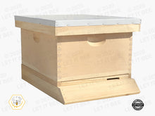 "Load image into Gallery viewer, Complete 10 Frame 9 5/8"" (Deep) Hive Kit - Wood Frames"