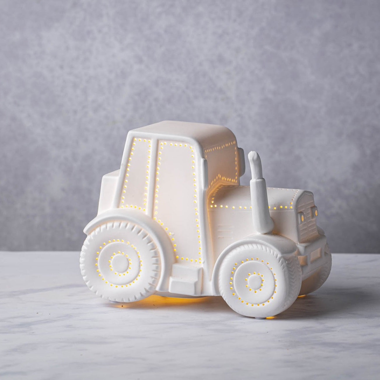CERAMIC TRACTOR NIGHT LIGHT