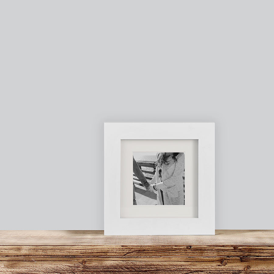 Single, White, 6x6 Photo Frame (4x4 Matted)