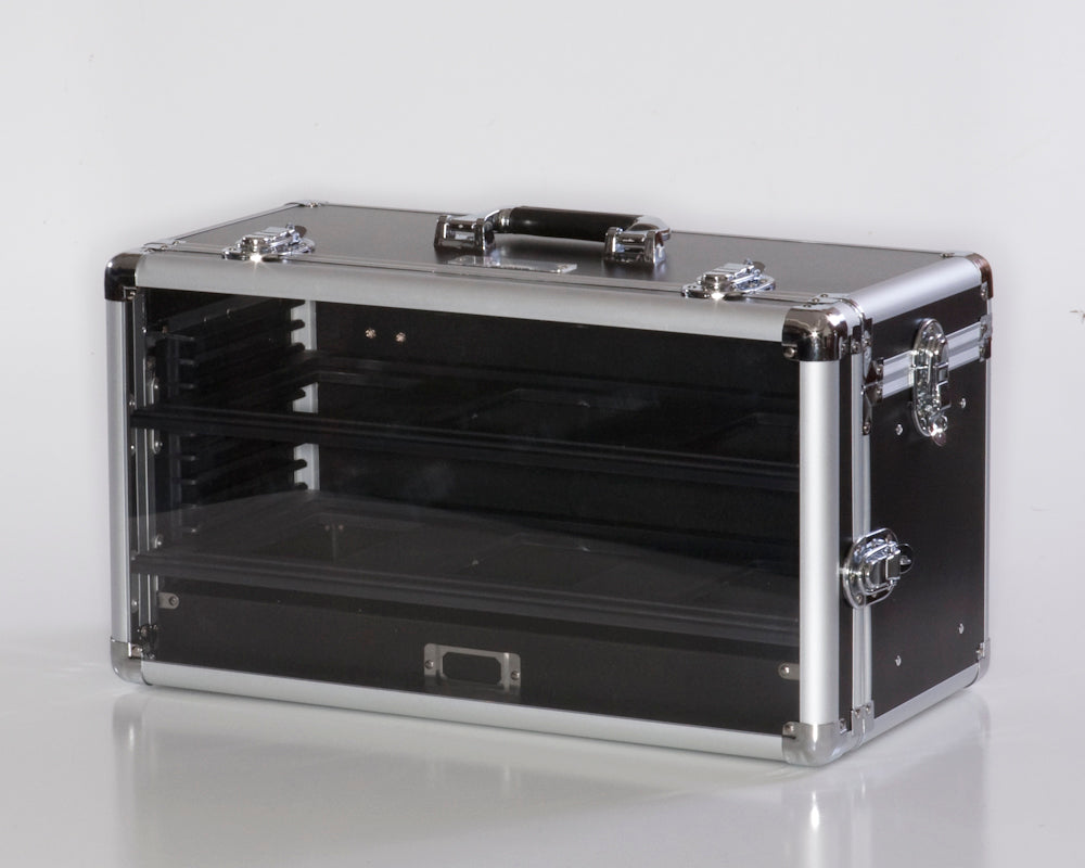 Clear face allows visibility to miniatures insided case