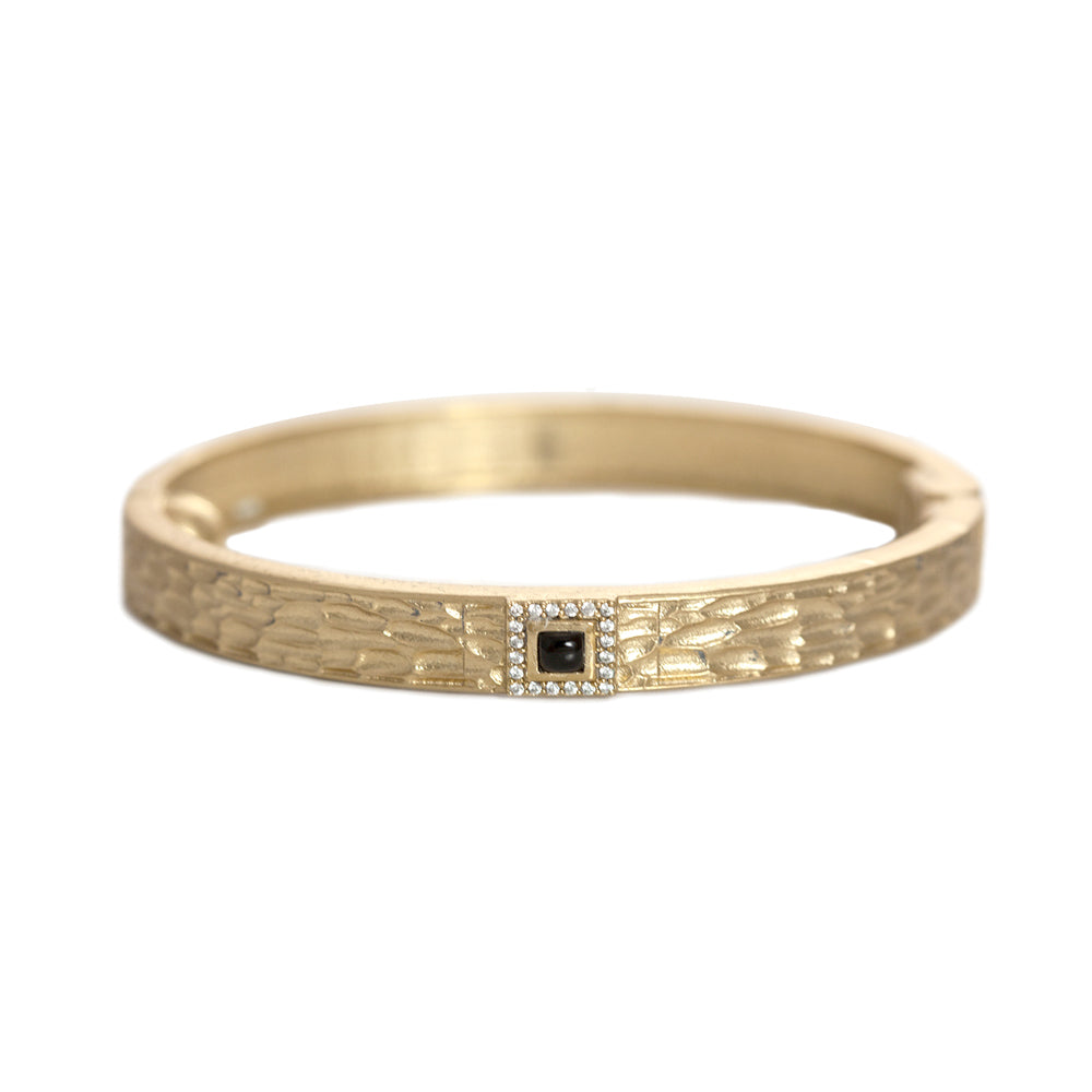 GOLD HALLER ONYX & CRYSTAL THIN BANGLE