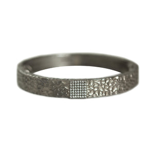 GUNMETAL ARTÍS PAVÉ SQUARE BANGLE
