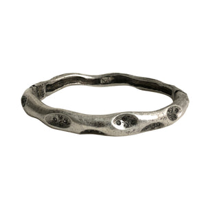 VINTAGE SILVER THIN IMPRESSION BANGLE