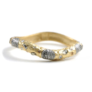 GOLD PAVIA COIN & CRYSTAL HAMMERED WAVE BANGLE