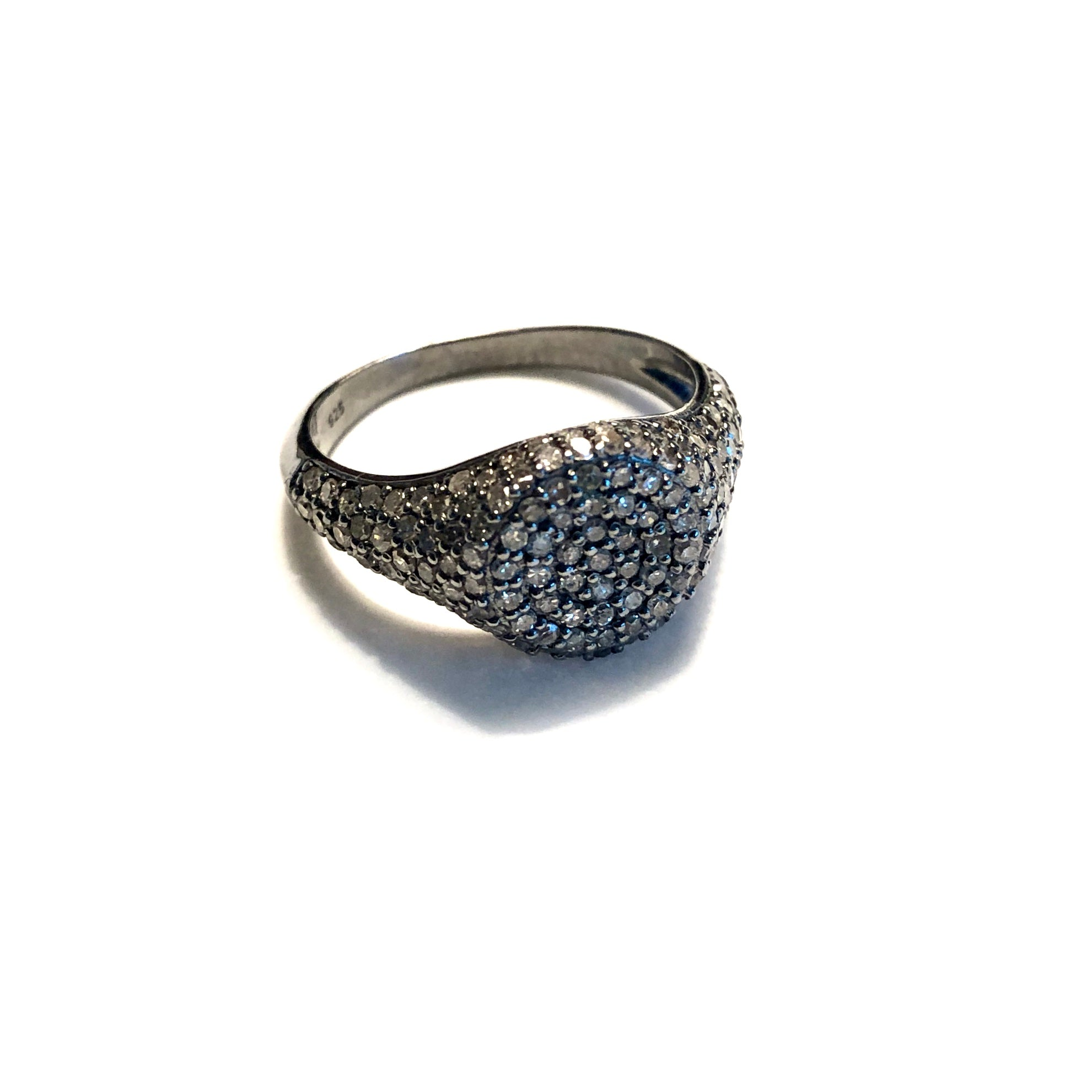 BLACK RHODIUM SMALL DIAMOND FLAT TOP RING
