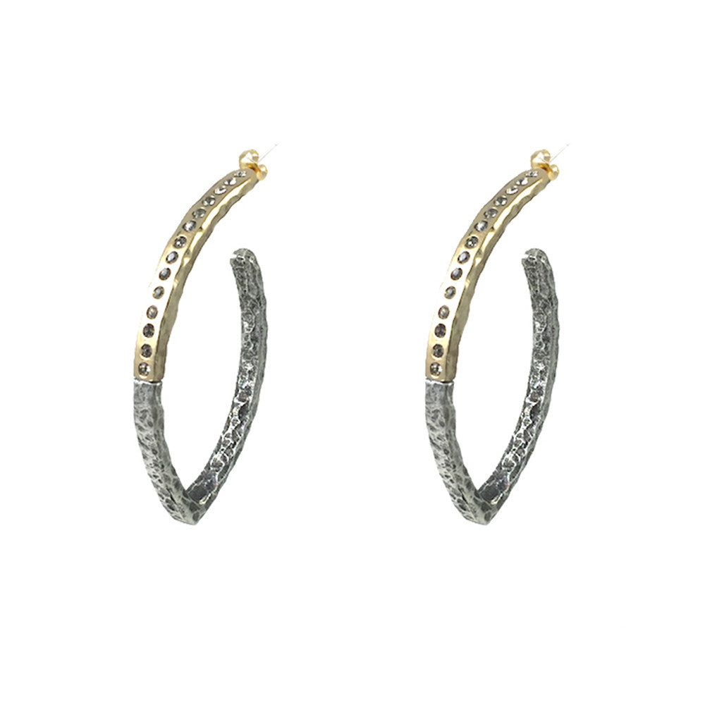 GOLD TOGATTA V-SHAPE HOOPS