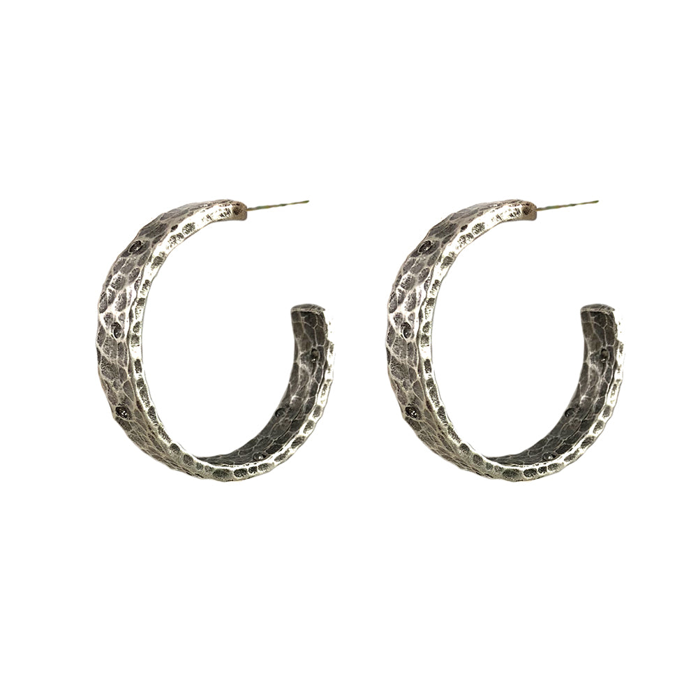 VINTAGE SILVER NOVI WIDE HAMMERED HOOPS