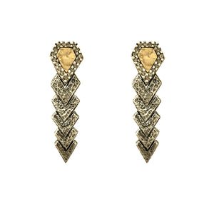 VINTAGE SILVER PIRAMIS DIAMOND SHAPED EARRINGS