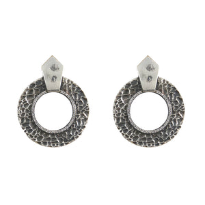 VINTAGE SILVER HAMMERED CIRCULAR SHIELD EARRINGS