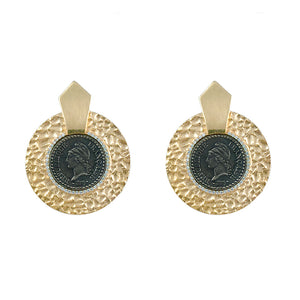 GOLD HAMMERED CIRCULAR SHIELD VS DUPRÉ EARRINGS