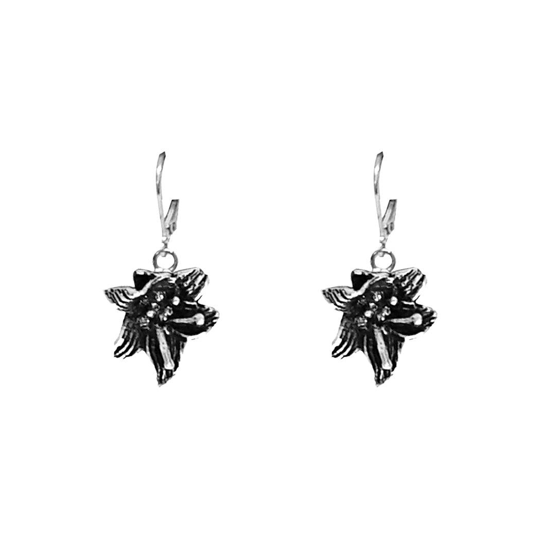 VINTAGE SILVER LILY DROP EARRINGS