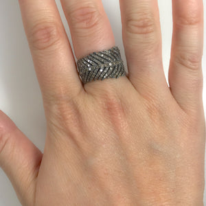 BLACK RHODIUM PANKH DIAMOND FEATHER RING