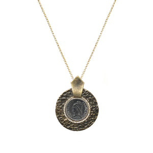 VINTAGE GOLD HAMMERED CIRCULAR SHIELD VS DUPRÉ NECKLACE