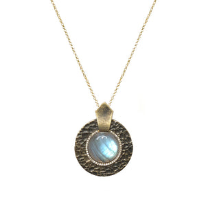 VINTAGE GOLD LABRADORITE HAMMERED CIRCULAR SHIELD NECKLACE
