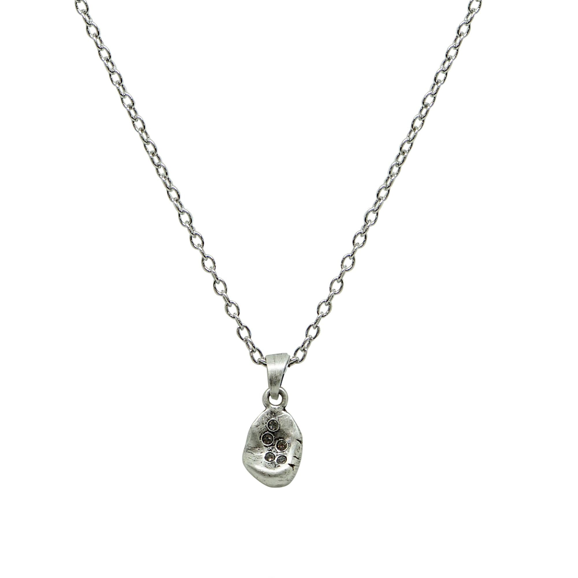 VINTAGE SILVER ROUND IMPRESSION NECKLACE