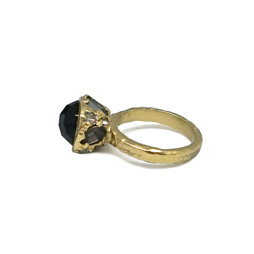 GOLD ONYX HIGH TOP RING