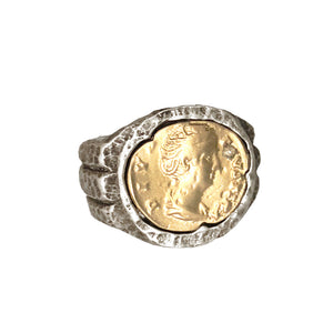 VINTAGE SILVER FAUSTINA COIN RING