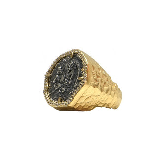 Gold Mini Molat Ring