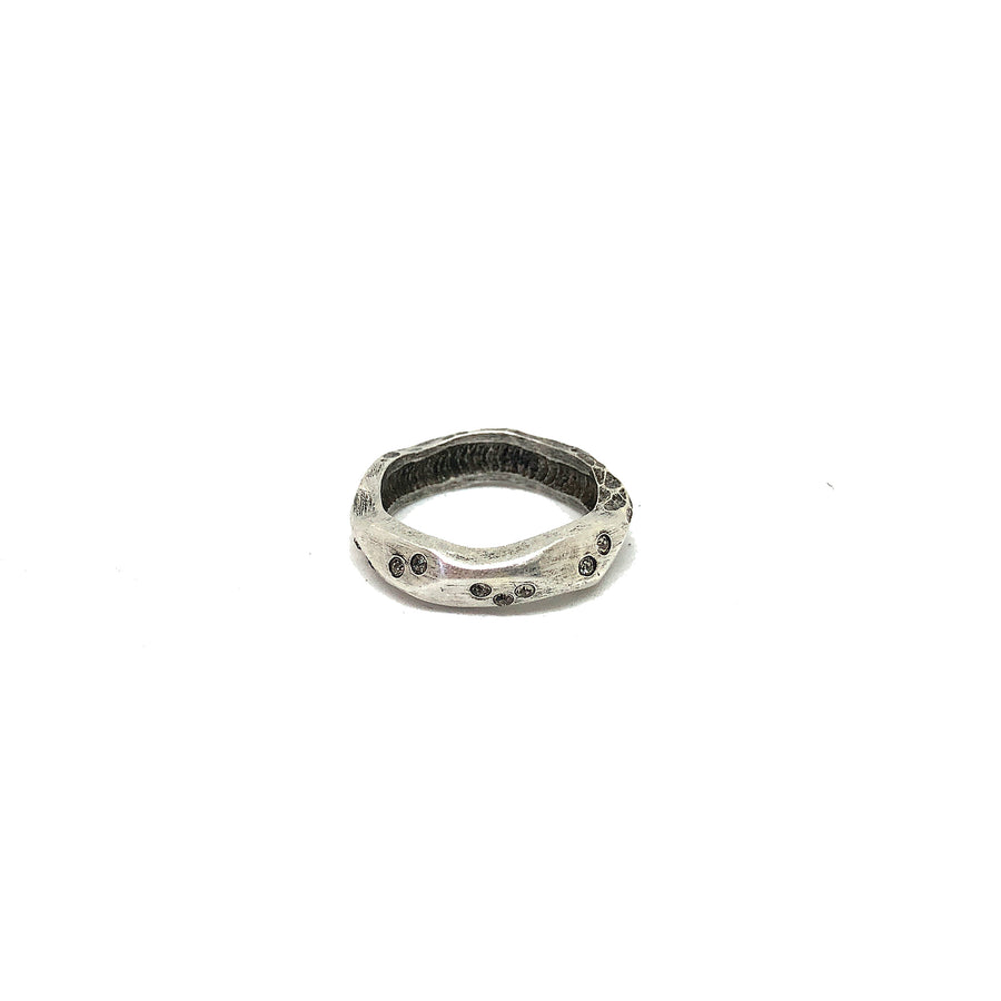 VINTAGE SILVER THIN WAVE IMPRESSION BAND RING