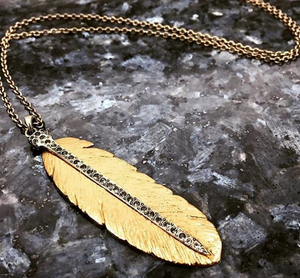 GOLD CASBAH FEATHER NECKLACE