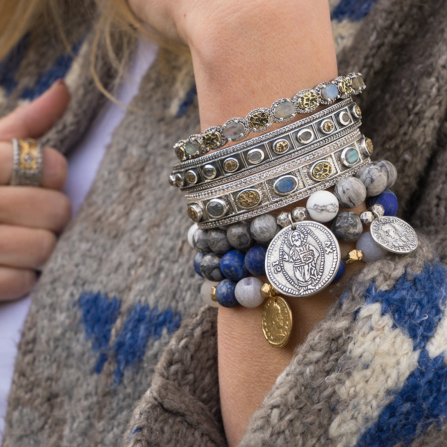 GOLD REPUBBLICA LAPIS AND GREY AGATE STRETCH BRACELET