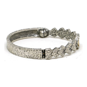 VINTAGE SILVER PIRAMIS DIAMOND SHAPES BANGLE