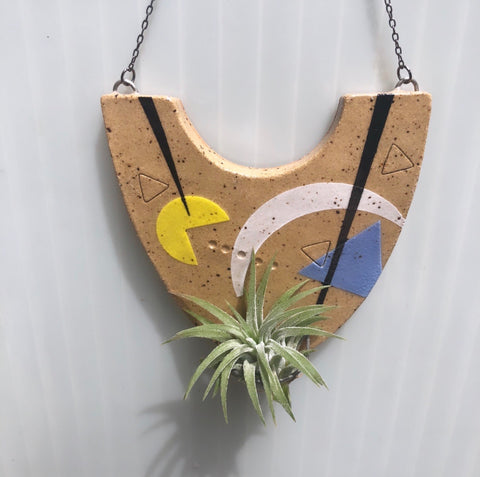 Pac-Man Abstract Hanger w/Airplant