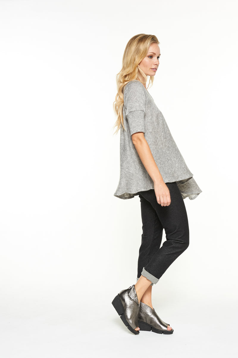 Boyfriend Legging in Black Organic Cotton Denim