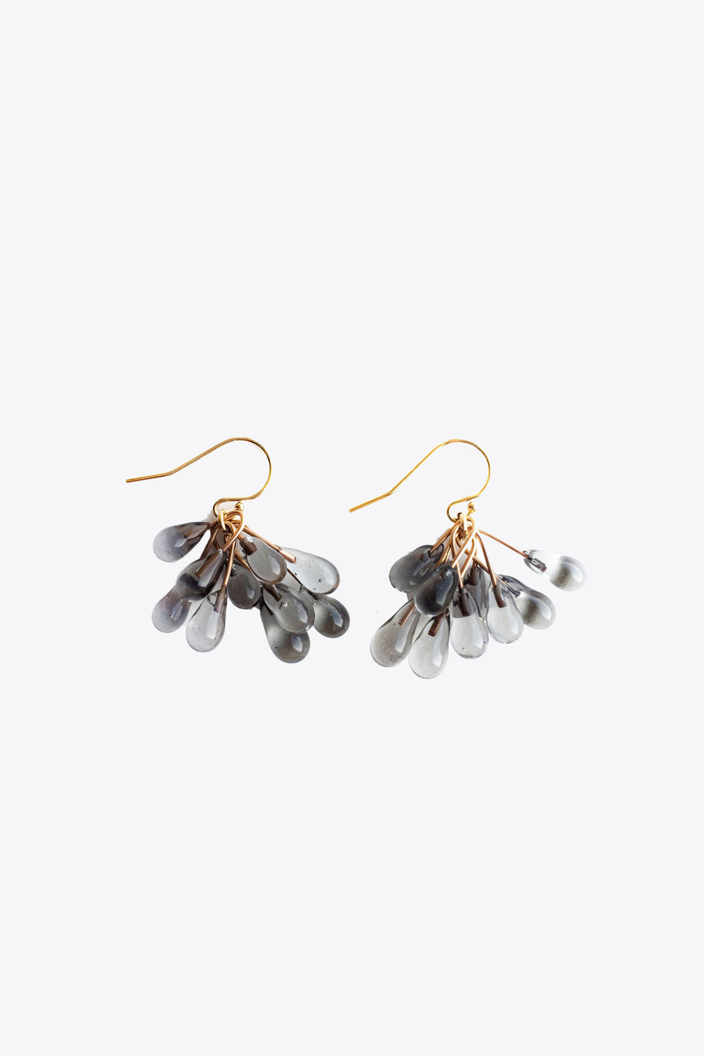 Small Lustre Cluster Earrings in Smoke